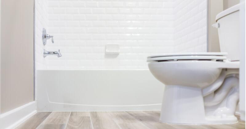 トイレ 床 掃除