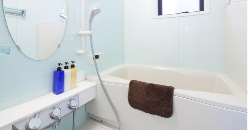 お風呂の鏡掃除