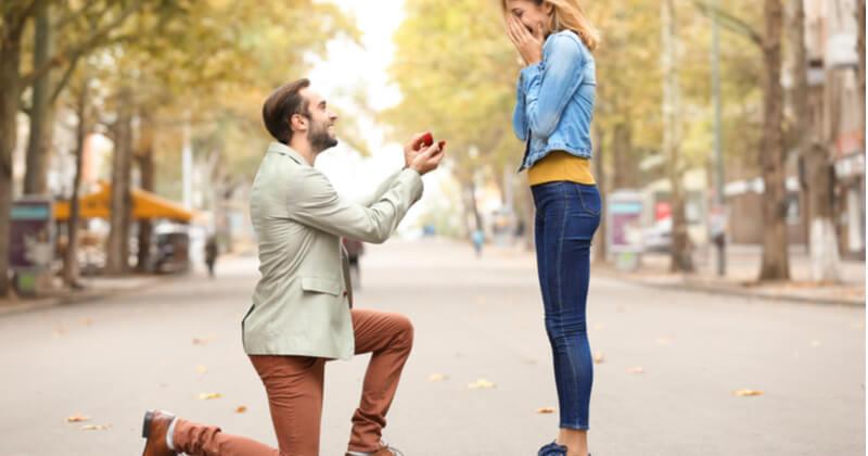 プロポーズ写真のおすすめポーズ